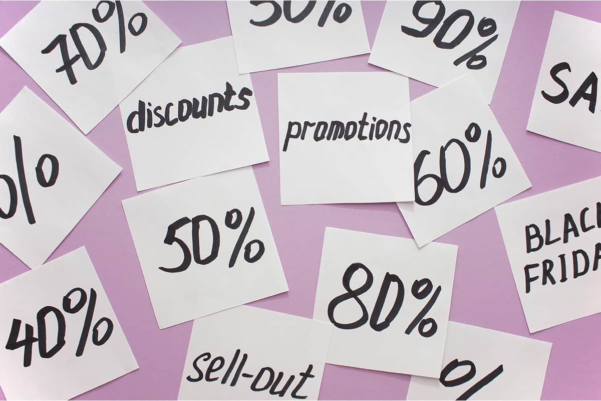 lessons about developing pricing strategies price post it notes graphic